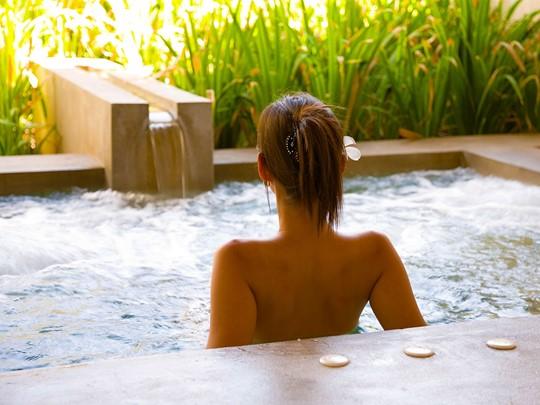 Bain à remous du spa