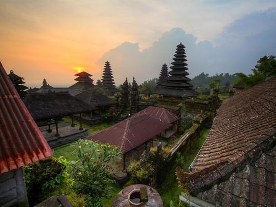 Architecture traditionnelle des villas de l'hôtel