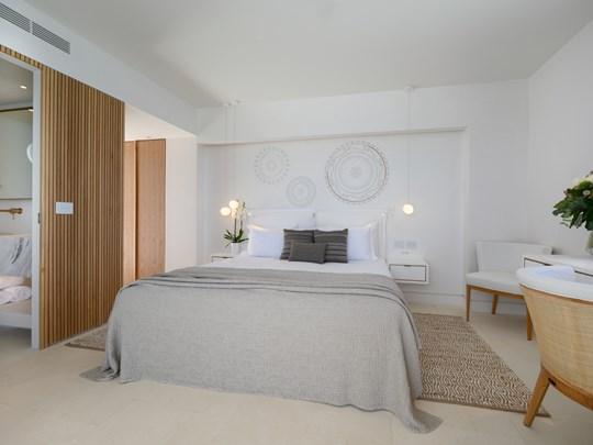 Premium Deluxe Sea View room outdoor Jacuzzi®