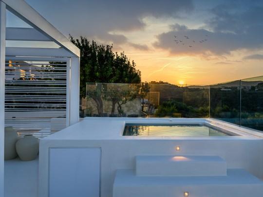 Premium Junior Suite Front sea view outdoor Jacuzzi®