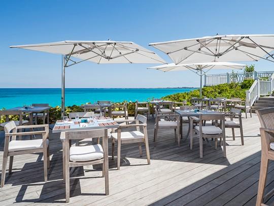 Délicieux fruits de mer et grillades au restaurant Ocean de l'Ocean Club