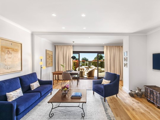 Blue Oasis 1 Bedroom Larger Suite, 1 King, Garden View