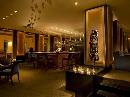 Le bar du Sukhothai Bangkok situé en Thailande
