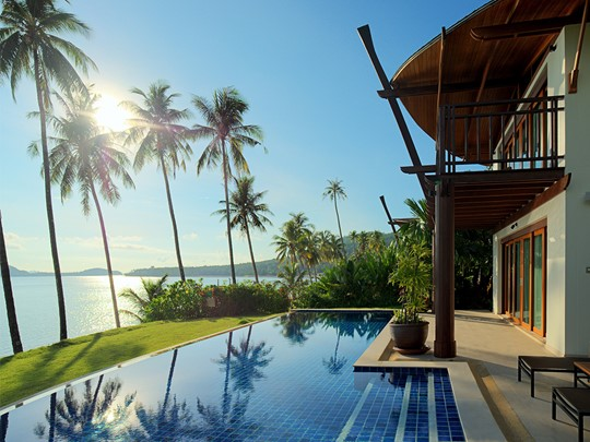 2 Bedroom Grand Beachfront Pool Villa