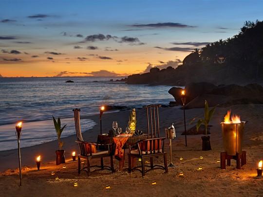 Dîner romantique au Banyan Tree Seychelles