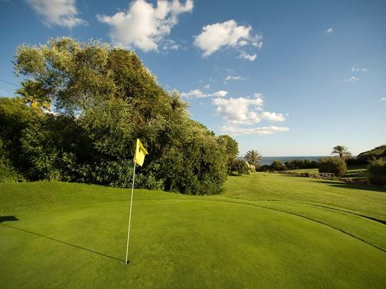 Plusieurs parcours de golf à proximité
