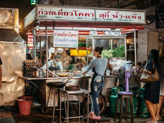 Découvrez la street food de Chiang Mai
