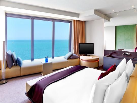 La Suite d'Angle Cool Corner du W Barcelone Hotel en Espagne