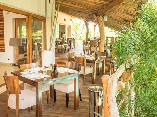 Le Beach BBQ Restaurant du Zanzibar White Sand