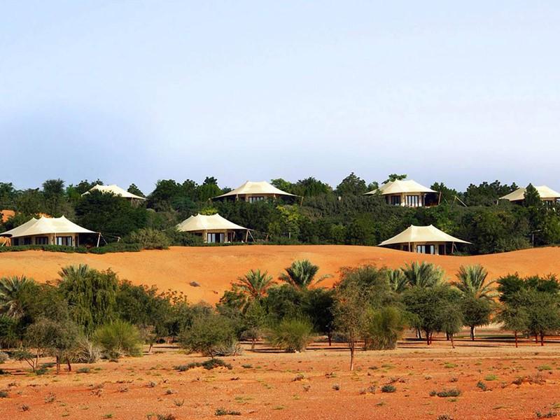 Vue de l'hôtel, et le désert environnant