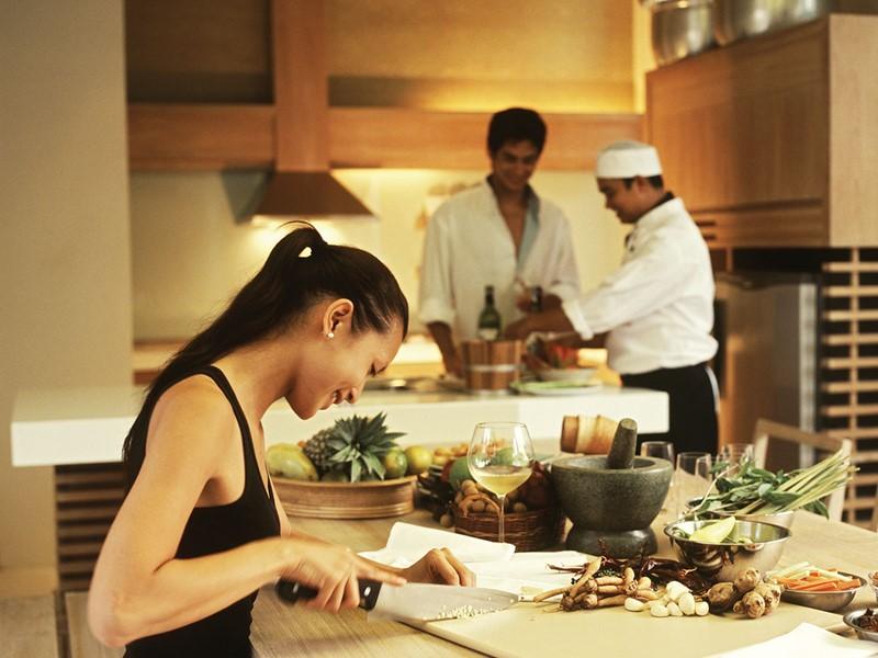 La cuisine thaïe n'aura plus de secret pour vous après un cours à l'hôtel