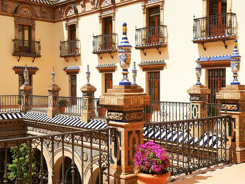 Architecture néo-mudéjar