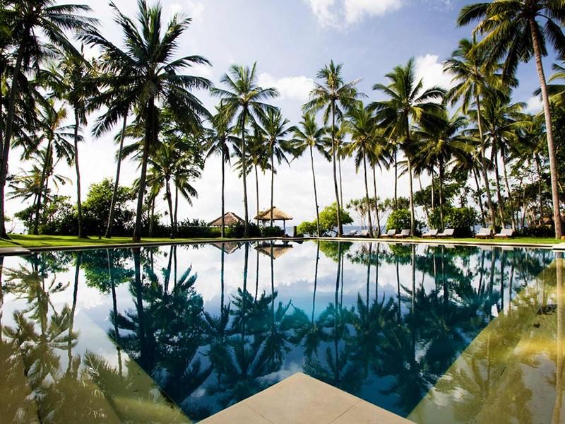La superbe piscine de l'Alila Manggis à Candidasa