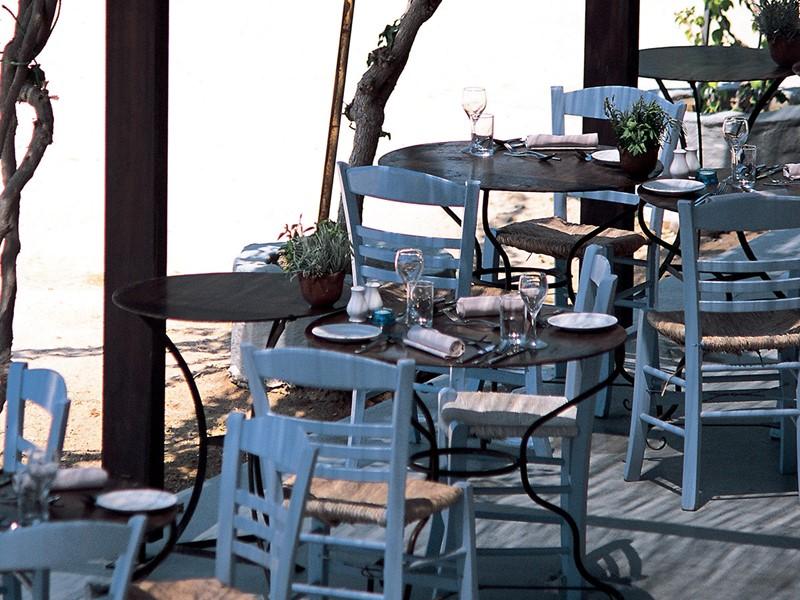 Goûtez aux spécialités chypriote au restaurant Ouzeri