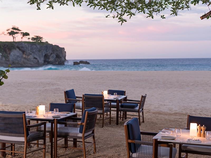 Dégustez un somptueux repas au Beach Club de l'Amanera