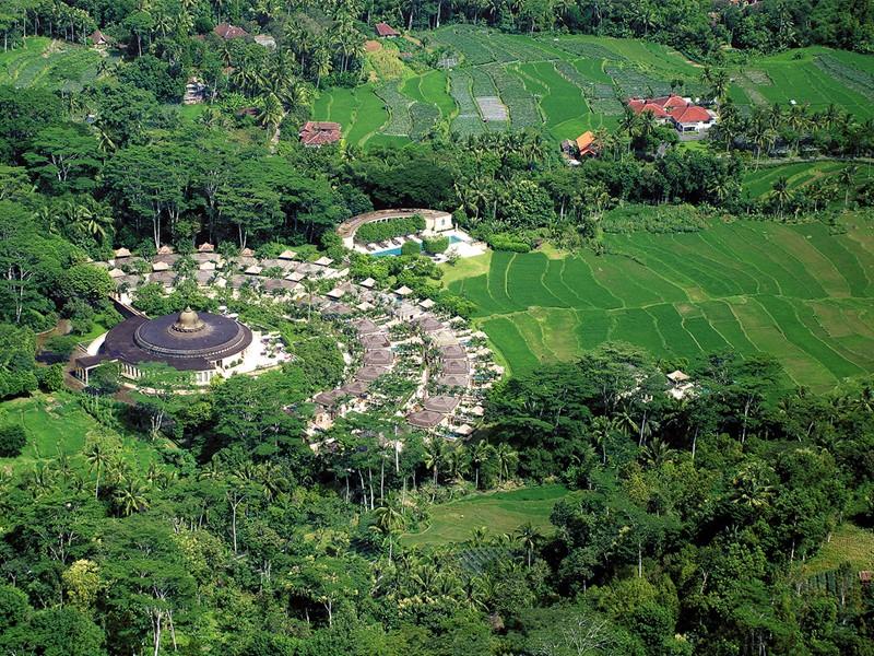 Vue aérienne de l'hôtel Amanjiwo, à Java