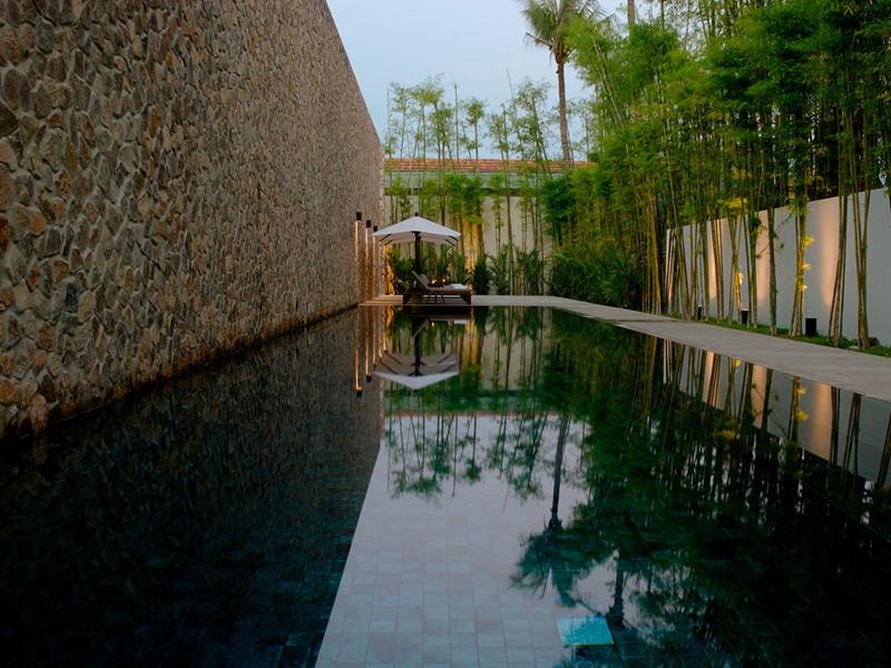 La superbe piscine de l'Amansara à Siem Reap