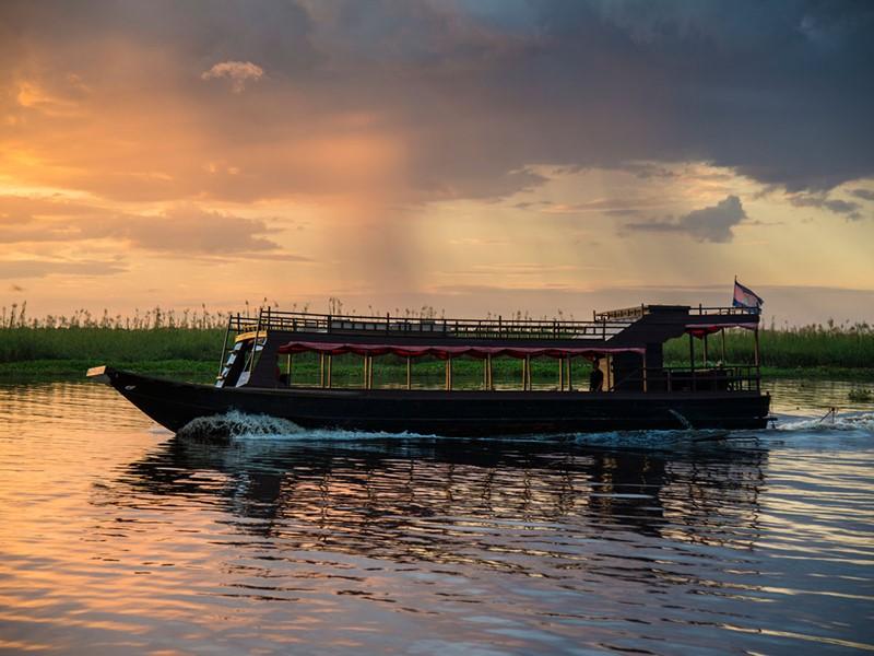 Naviguez à bord du bateau Aman au Cambodge