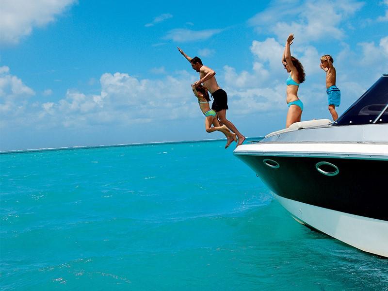 Profitez des nombreuses activités nautiques de l'Anahita