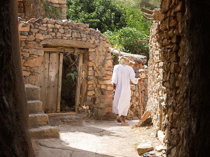 Baladez vous dans les petits villages ruraux typiques d'Oman