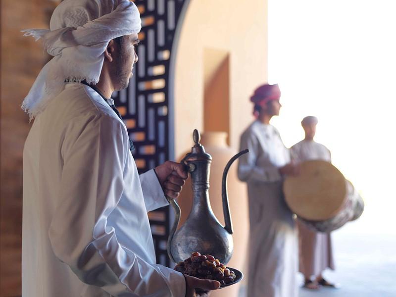 Ambiance typiquement omanaise à l'hôtel Anantara à Nizwa