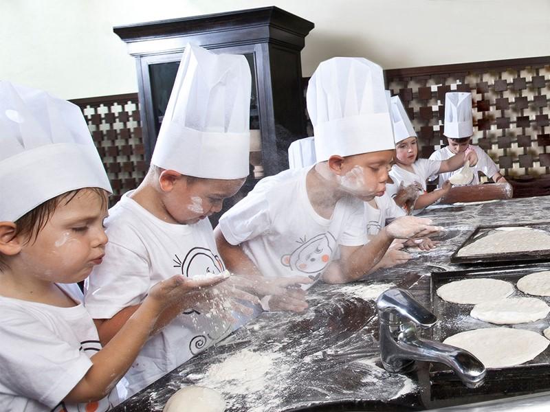 Activités pour enfants à l'Anantara Bophut Koh Samui situé en Thailande