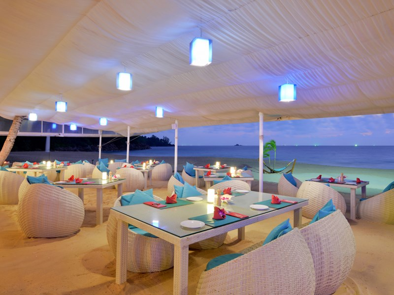 Le restaurant Mareblu' de l'Andaman White Beach Resort