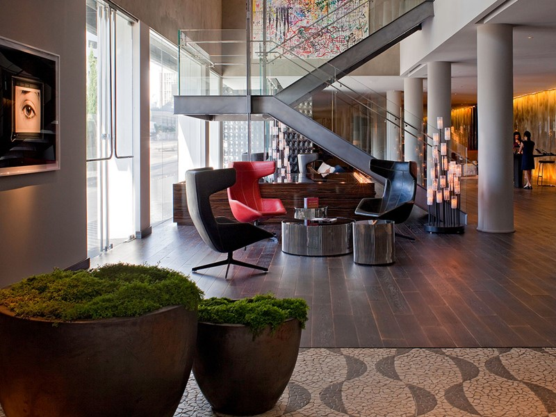 Le lobby de l'Andaz West Hollywood, situé aux EtatsUnis