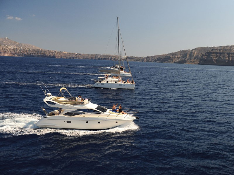 Naviguez à bord d'un catamaran
