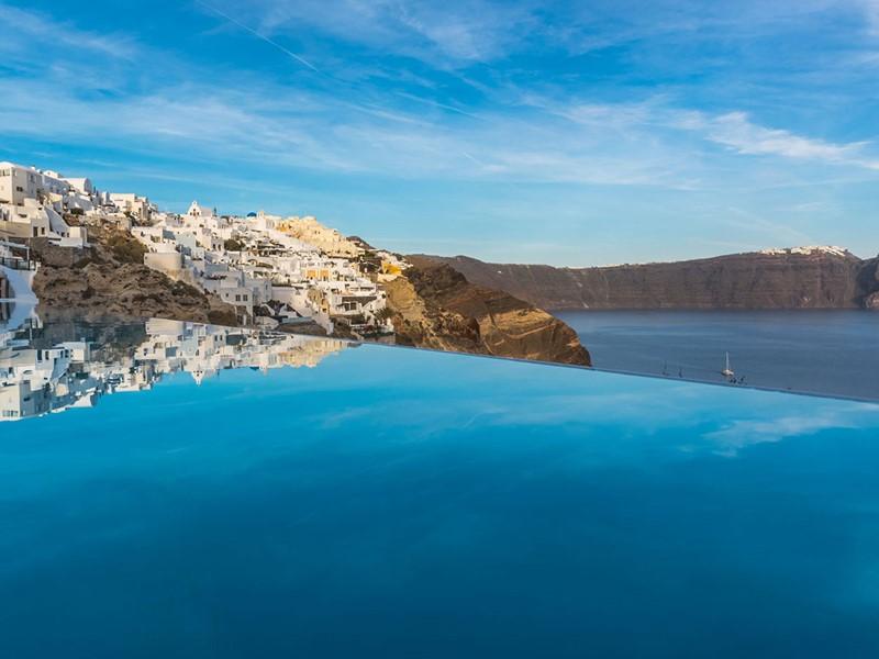 Vue époustouflante sur la mer Égée depuis Andronis Luxury Suites