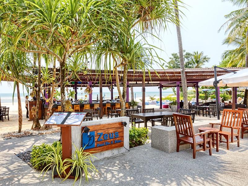 Zeus Beach Restaurant & Bar