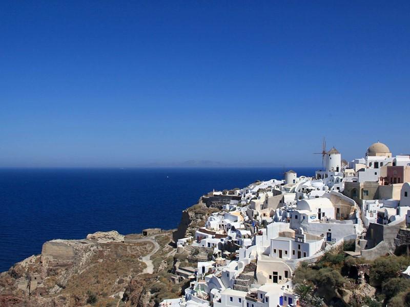 Découvrez l'île de Santorin