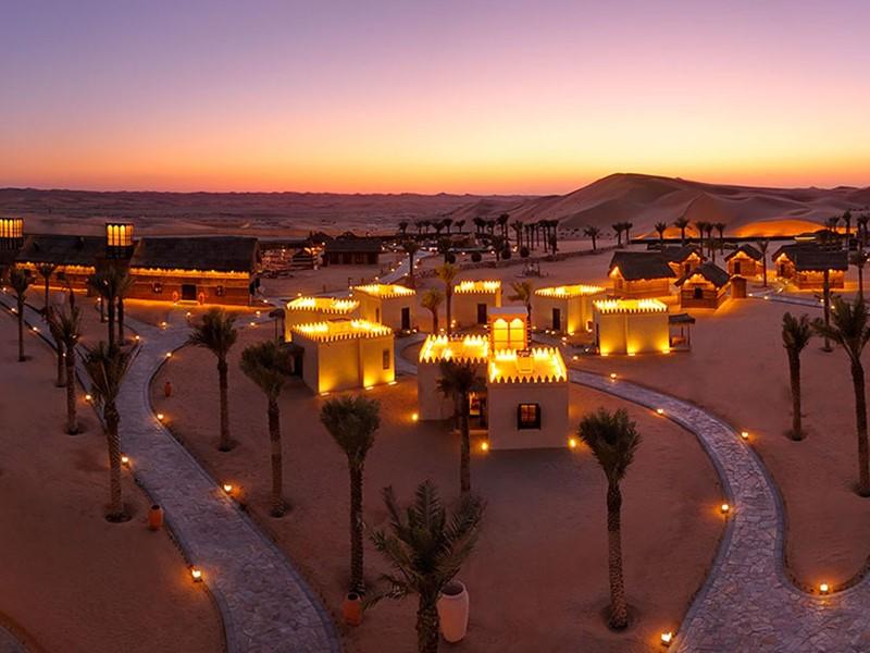 Vue du Ariabian Nights Village situé au sud d'Abu Dhabi