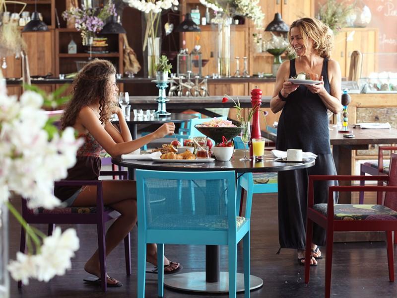 Dégustez un copieux petit déjeuner à l'Areias do Seixo