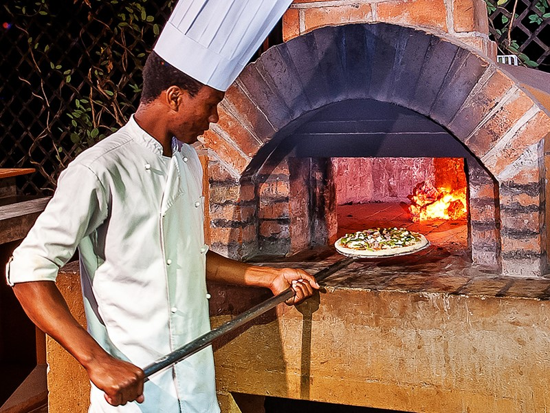 Pizza au four traditionnel