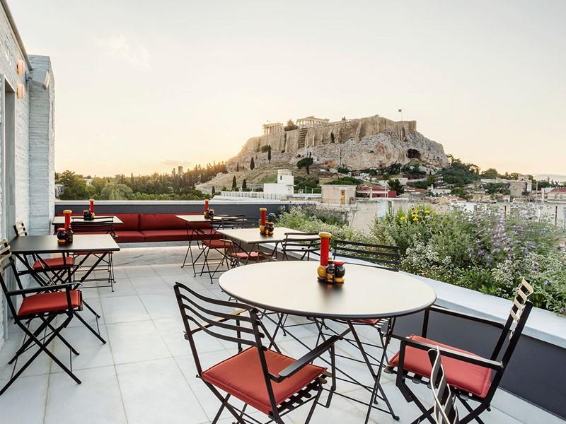 Restaurant avec vues spectaculaires sur le Parthénon