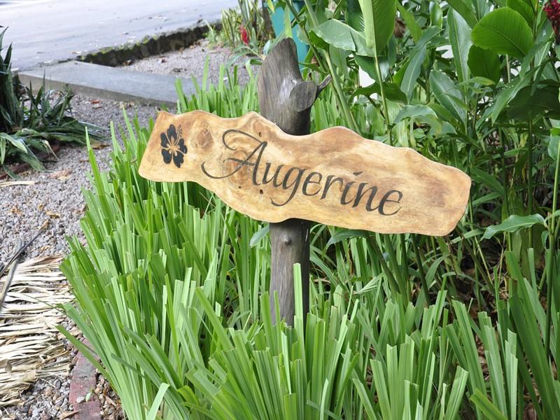 Pancarte d'accueil de l'Augerine Guest House