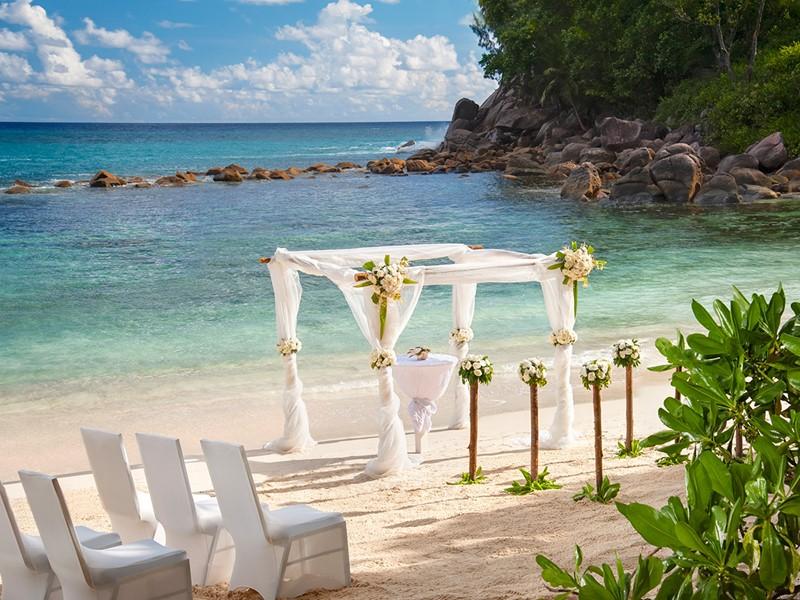 Mariage à l'hôtel Avani Seychelles Barbarons Resort