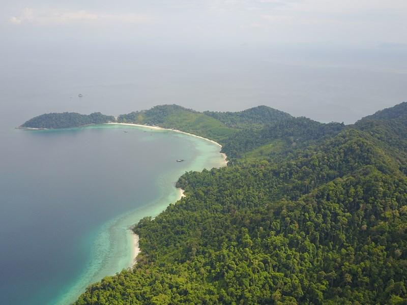 L'hôtel est niché au coeur de l'archipel des Mergui
