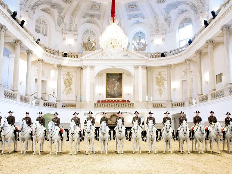 Le Ballet équestre de l'école Espagnole de Lipizzans