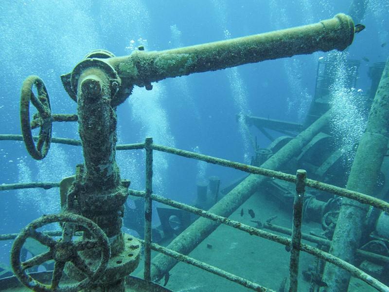 Effectuez une plongée dans l'un des fameux spots de la région: l'Epave de l'USS liberty