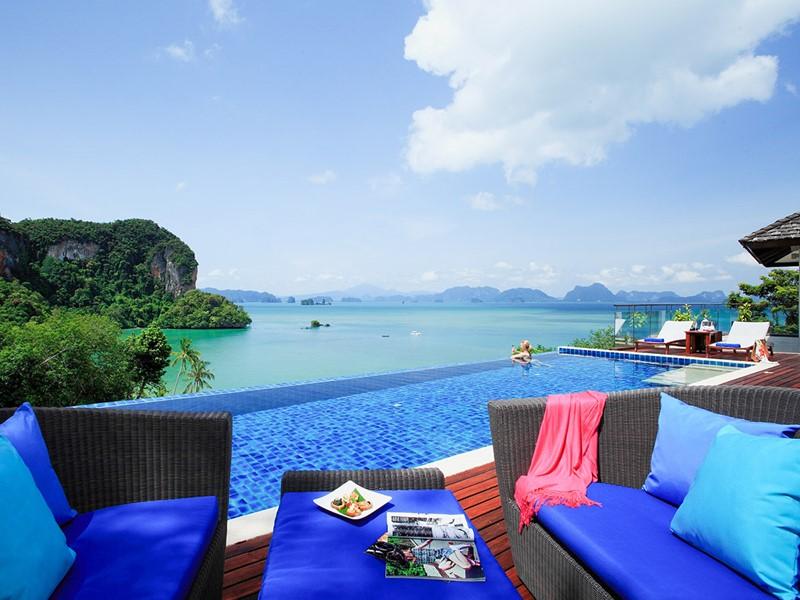 Profitez d'une vue imprenable depuis les Hilltop Pool Villas