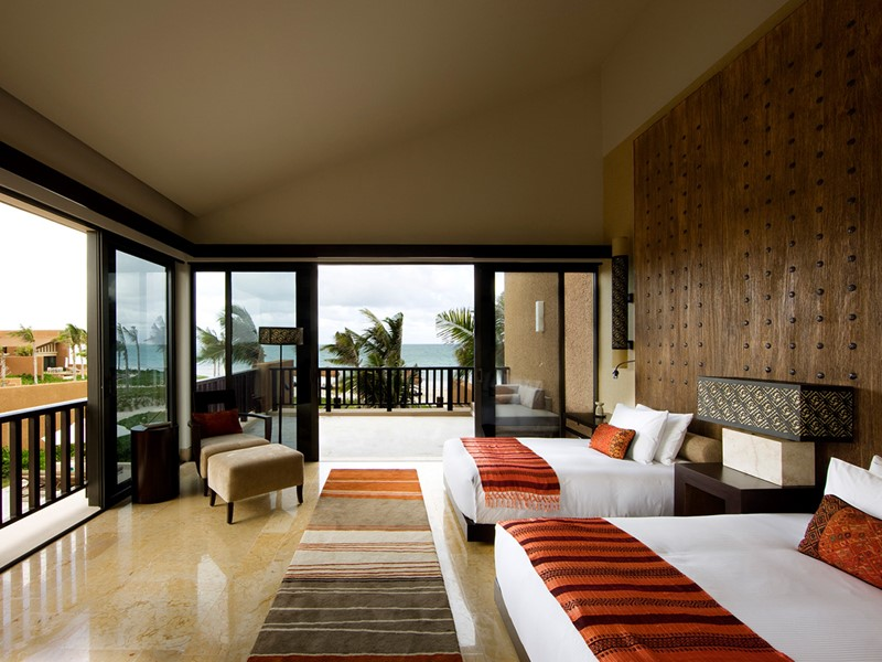 Three Bedroom Oceanfront Pool Villa at the Haven du Banyan Tree