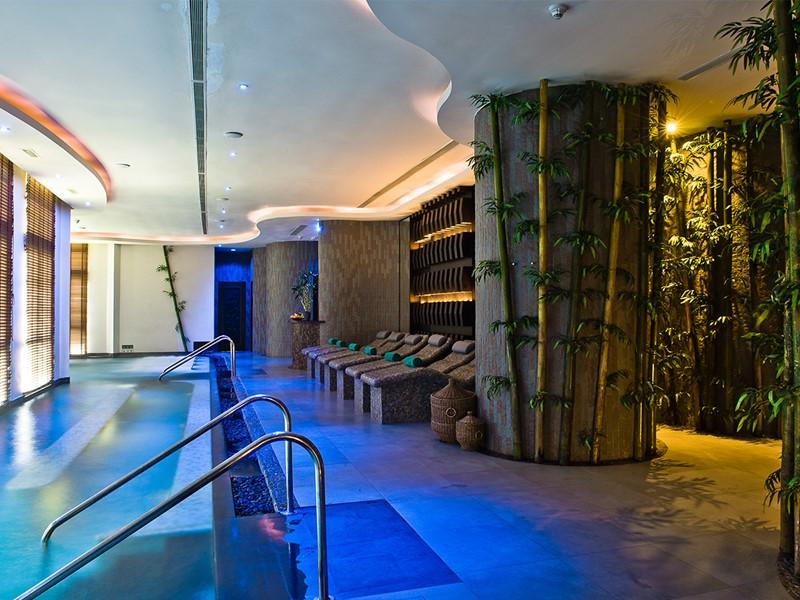 La piscine du spa de l'hôtel Banyan Tree à Koh Samui