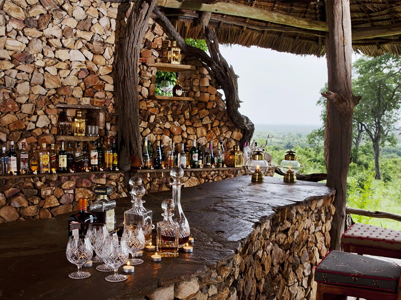 Le bar du camp
