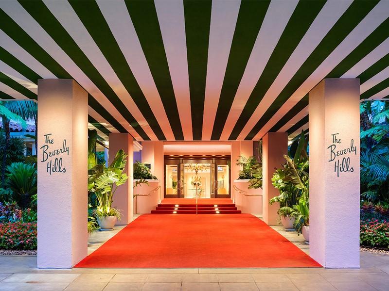 L'entrée du prestigieux hôtel The Beverly Hills