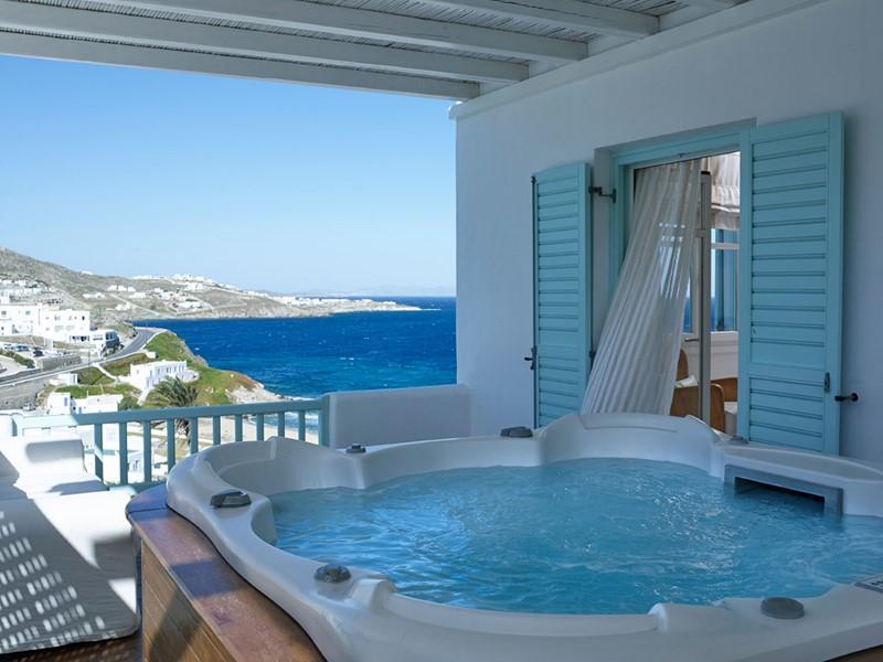 Le bain à remous de la Honeymoon Deluxe