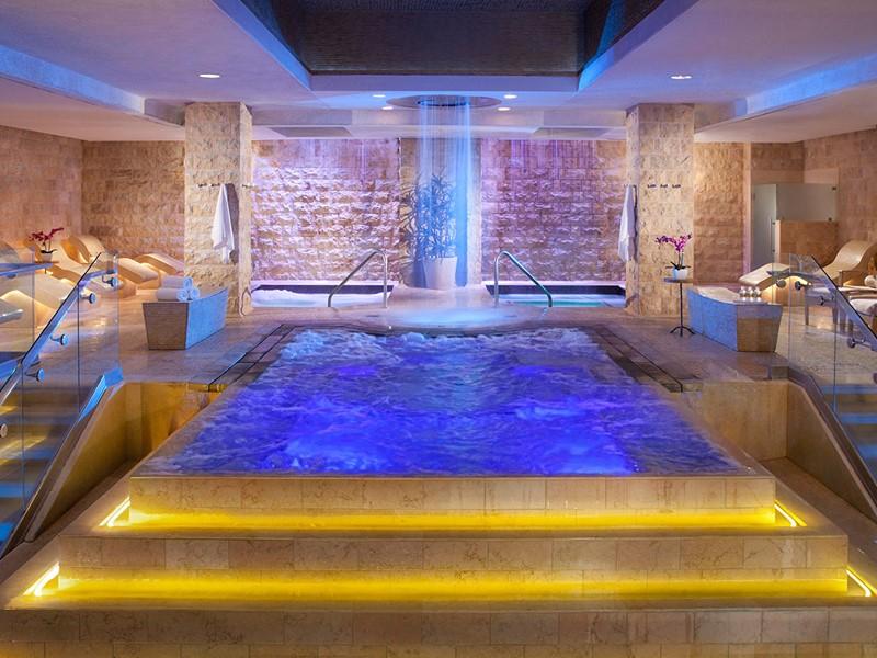 Le bain à remous du Qua Baths & Spa du Caesars Palace