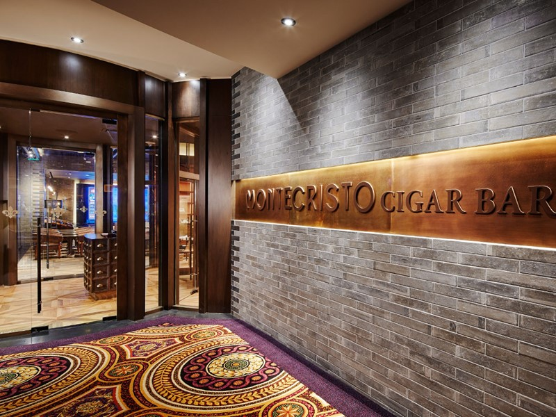 L'entrée du Montecristo Cigar Bar