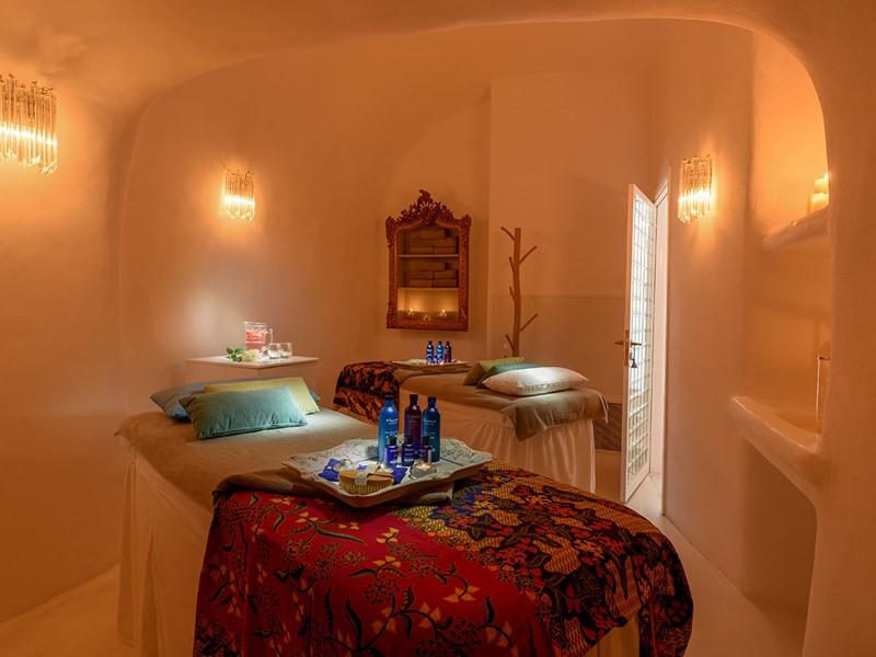Découvrez le spa du Canaves Oia Suites